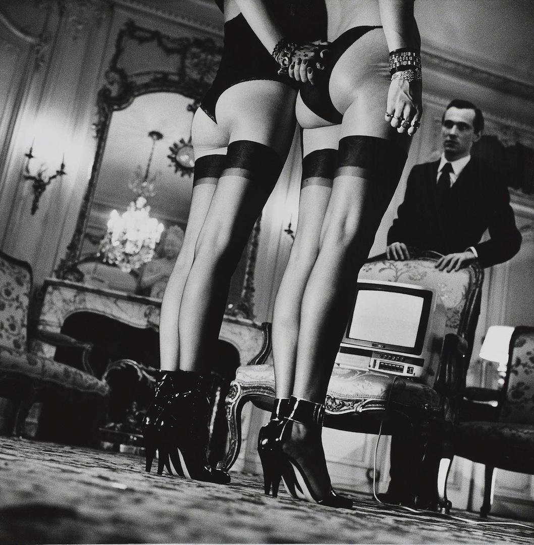 Черно белые эротические фото