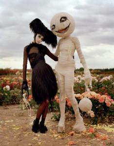 Halloween-tim-burton-harpers-bazaar-shopping-neumarkt-11