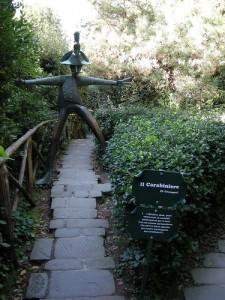 Parco di Pinocchio Collodi Carabiniere
