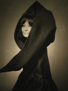13Audrey Hepburn Vogue 1969