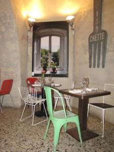 5 Ristorante pane-e-acqua finestra finta ideata architetto Paola Navone