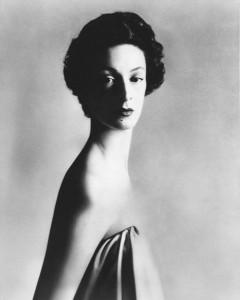 7 richard-avedon-marella-agnelli-1953