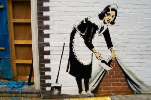 13 800px-Banksy_-_Sweep_at_Hoxton