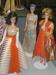27 Barbie 1961 1965