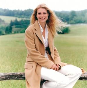 15 gwyneth-paltrow-steven-meisel-vogue-us-august-1996-e1354285853551