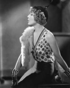 15 Mary_Pickford_in_Kiki_1931