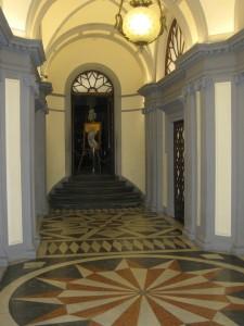 16 ingresso interno