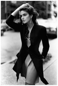 4 cindy-crawford-photo-arthur-elgort-1990