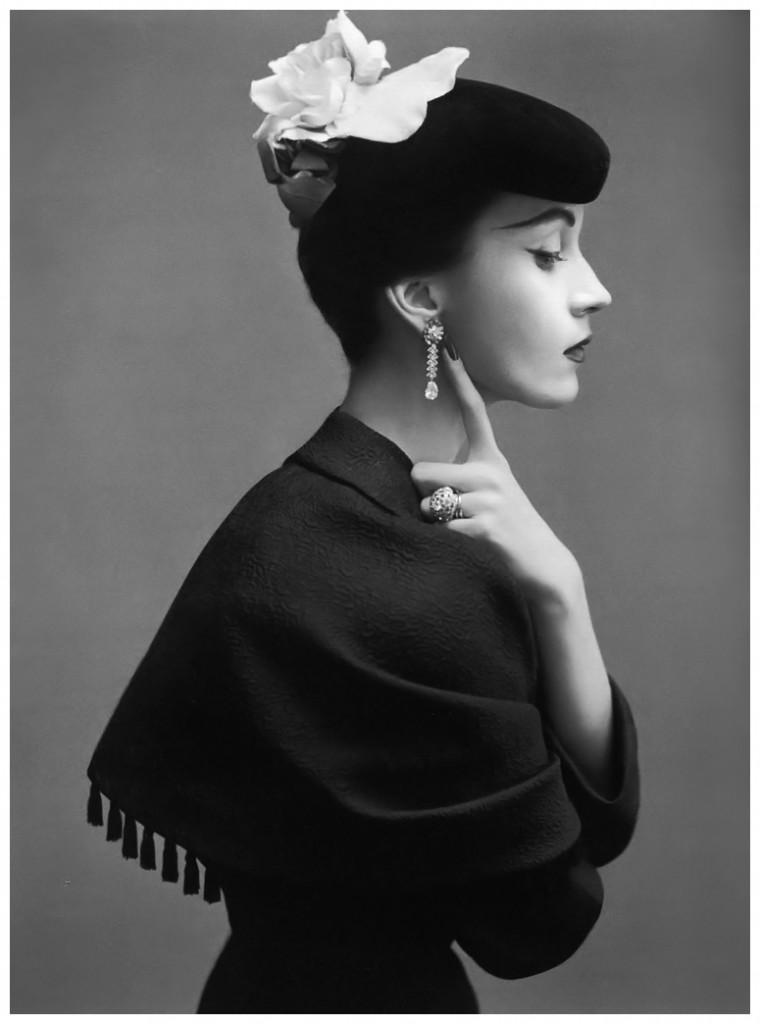 1 dovima-in-balenciaga-by-richard-avedon-1950