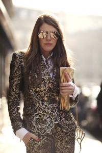 10 thesartorialist_anna-dello-russo_-miu-miu-gold-bag