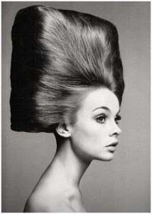11 richard-avedon-for-vogue-us-in-the-august-1965-issue