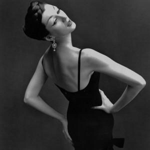 4 richard-avedon-dovima-1950s