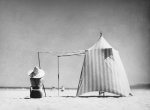 7 jacques-henri-lartigue-coco-hendaya-1934-fotografia-de-j-h-lartigue-copy-ministere-de-la-culture-france-aajhl-nota