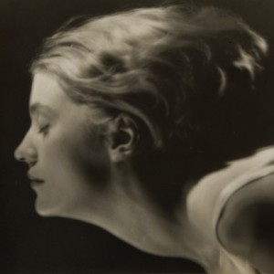 9 PORTRAIT-OF-LEE-MILLER-PARIS-1929-by-MAN-RAY-Vintage-gelatin-silver-print