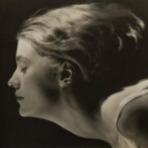 9 PORTRAIT-OF-LEE-MILLER-PARIS-1929-by-MAN-RAY-Vintage-gelatin-silver-print