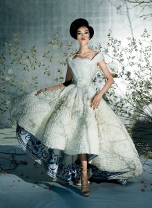 25 Dior-couture-2009-met-gala-costume-exhibit-china-through-the-looking-glass-1-670x910