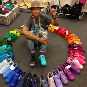 14 pharrell-rainbow-stan-smith-570x570