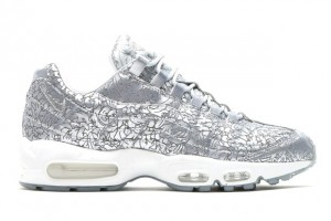 28 nike-air-max-95-platinum-metallic-silver-20th-anniversary-02-620x414