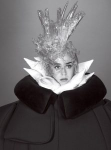 16 Katy-Perry-American-Vogue-Mert-Marcus-02-620x839