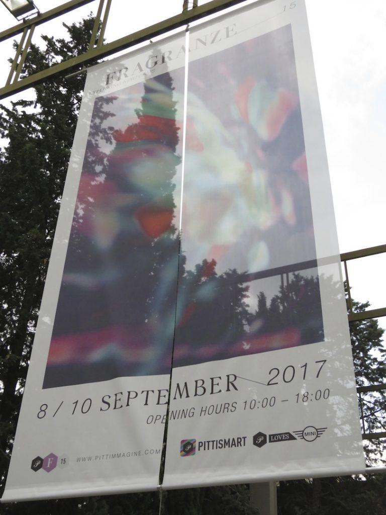 2 Banner