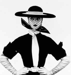 20 black_&_white_vogue_cover_jean_patchett_new_yor 1950